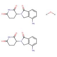 3-(4-amino-1-oxoisoindolin-2-yl)piperidine-2,6-dione hemihydrate